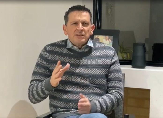 Desgraciado y torpe le dice exdirector de transito Fredy Serrano Díaz, a periodista de Arauca al preguntarle sobre los motivos de su vista a la ciudad - Noticias de Colombia